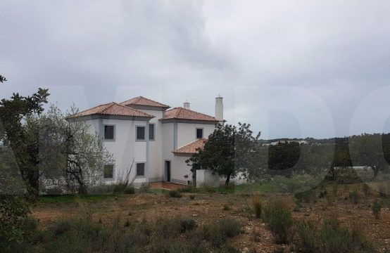 3 Bedroom Vila in Estoi