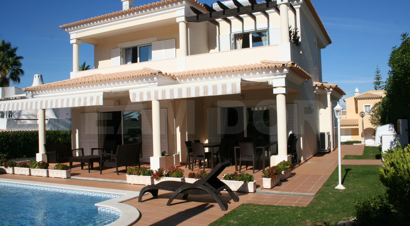 Villa 3 chambres avec piscine et jardin- Vilamoura - Team Doré