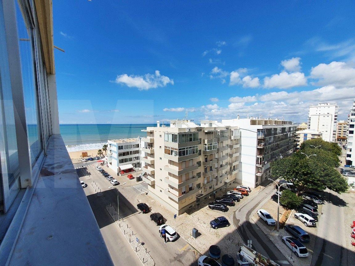 T2 Apartment Quarteira with Sea view